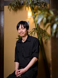野村 新悟 氏