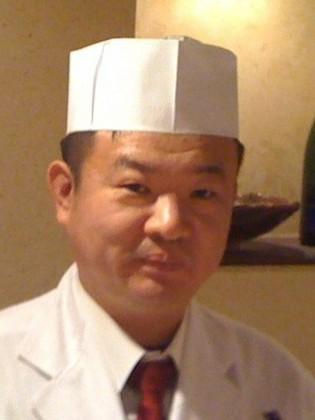 都築 宗孝 氏