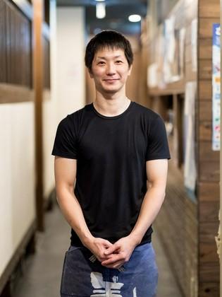 西崎 淳 氏