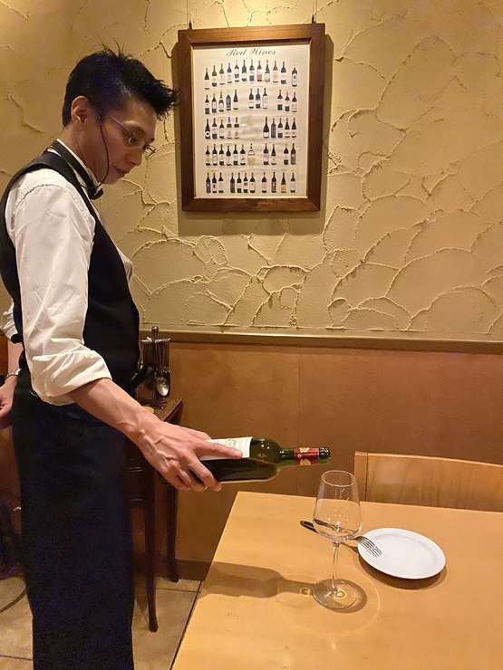 Hozumi Akihiro 氏